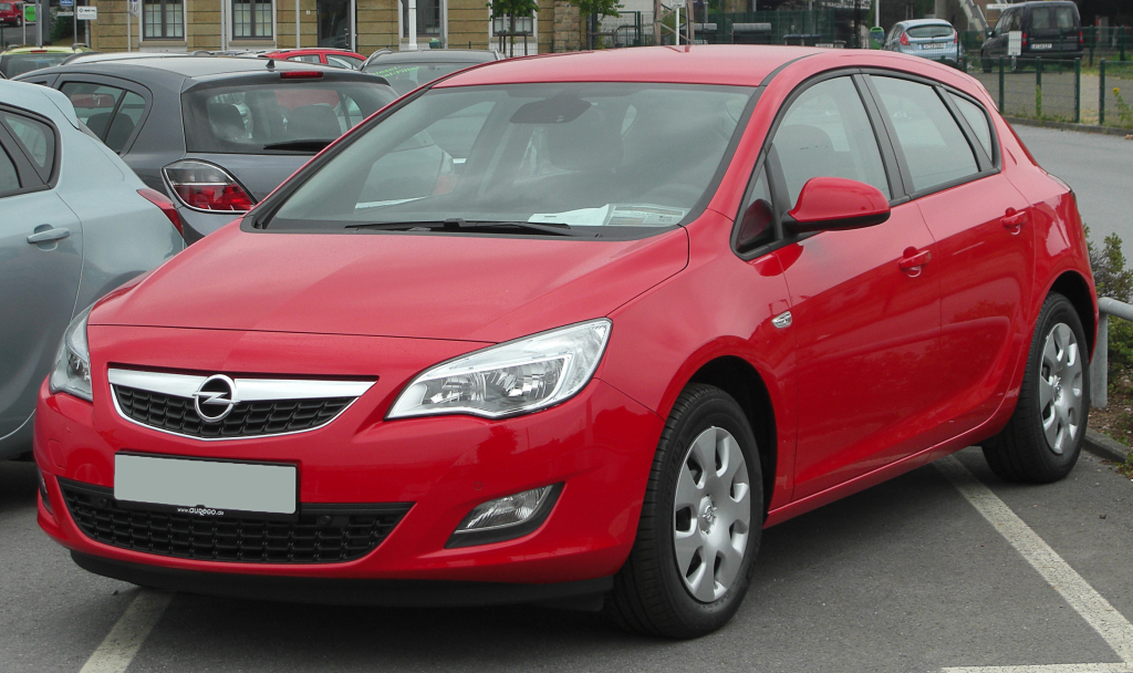 Opel Astra или Ford Focus?