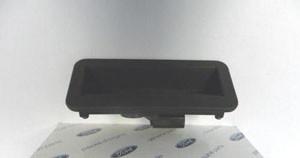 Ремонтируем кнопку открывания багажника Ford Focus 2
