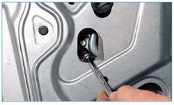 Ремонтируем двери на Ford Focus 2
