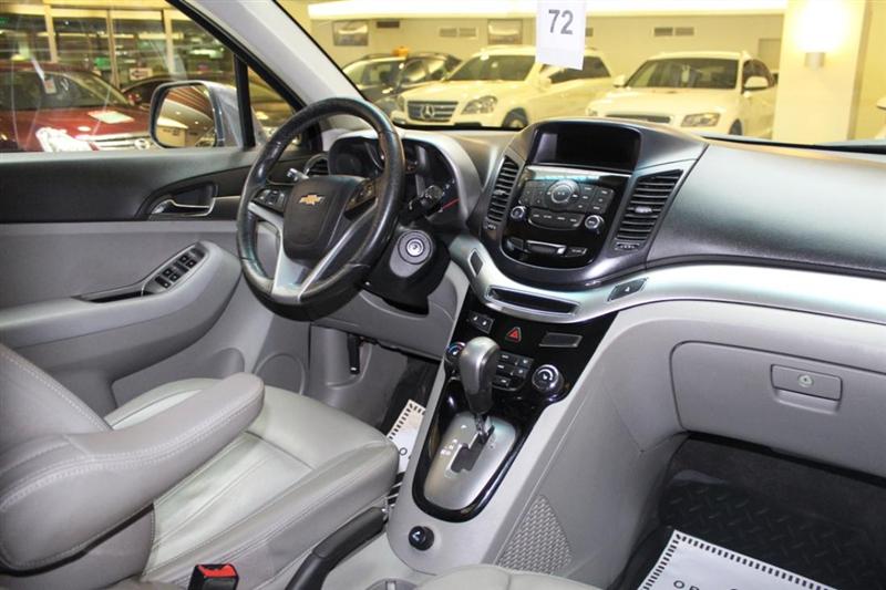 Универсальный кроссовер Chevrolet Orlando в новом стилизованном кузове 2017 года