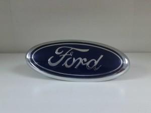 как поменять логотип ford на mondeo