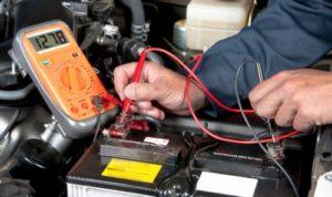 Как правильно подзаряжать автомобильный аккумулятор